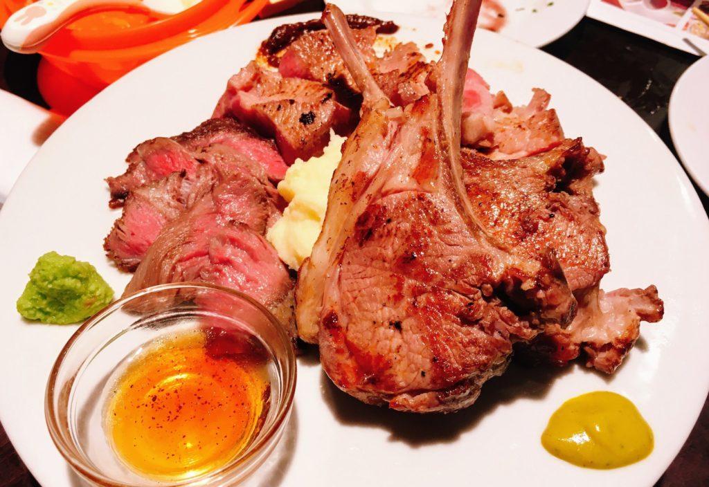 「原価ビストロBAN! 渋谷1st 道玄坂」の欲張り肉盛り3種300g