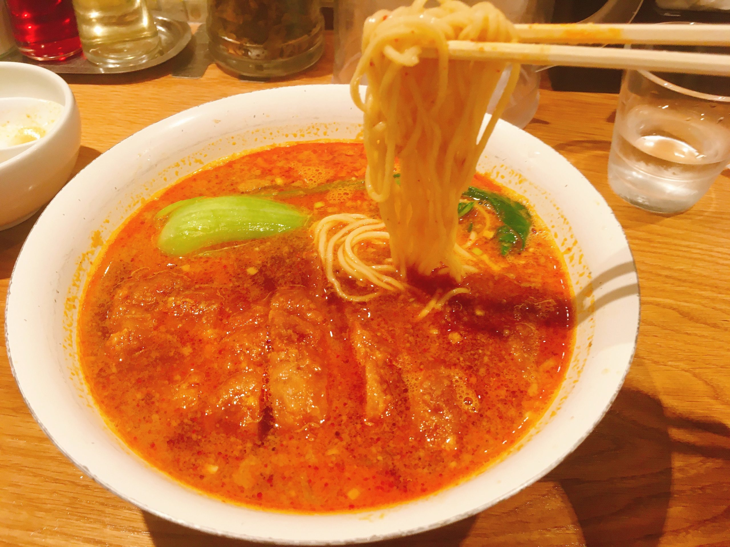 Renge no Gotokuの排骨担々麺