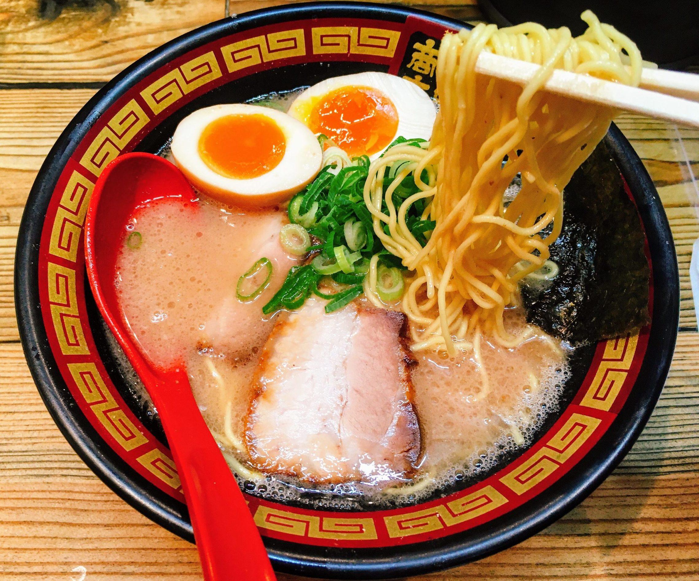 「拉麺 久留米 本田商店 池袋店」の「ホンダラーメン1号」