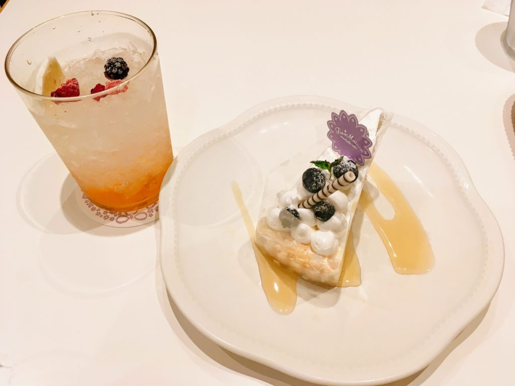 「La Maison ensoleille table 池袋サンシャインシティ店」のタルトドリンクセット