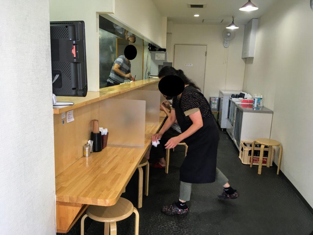 「中華そばYouLee」の店内写真
