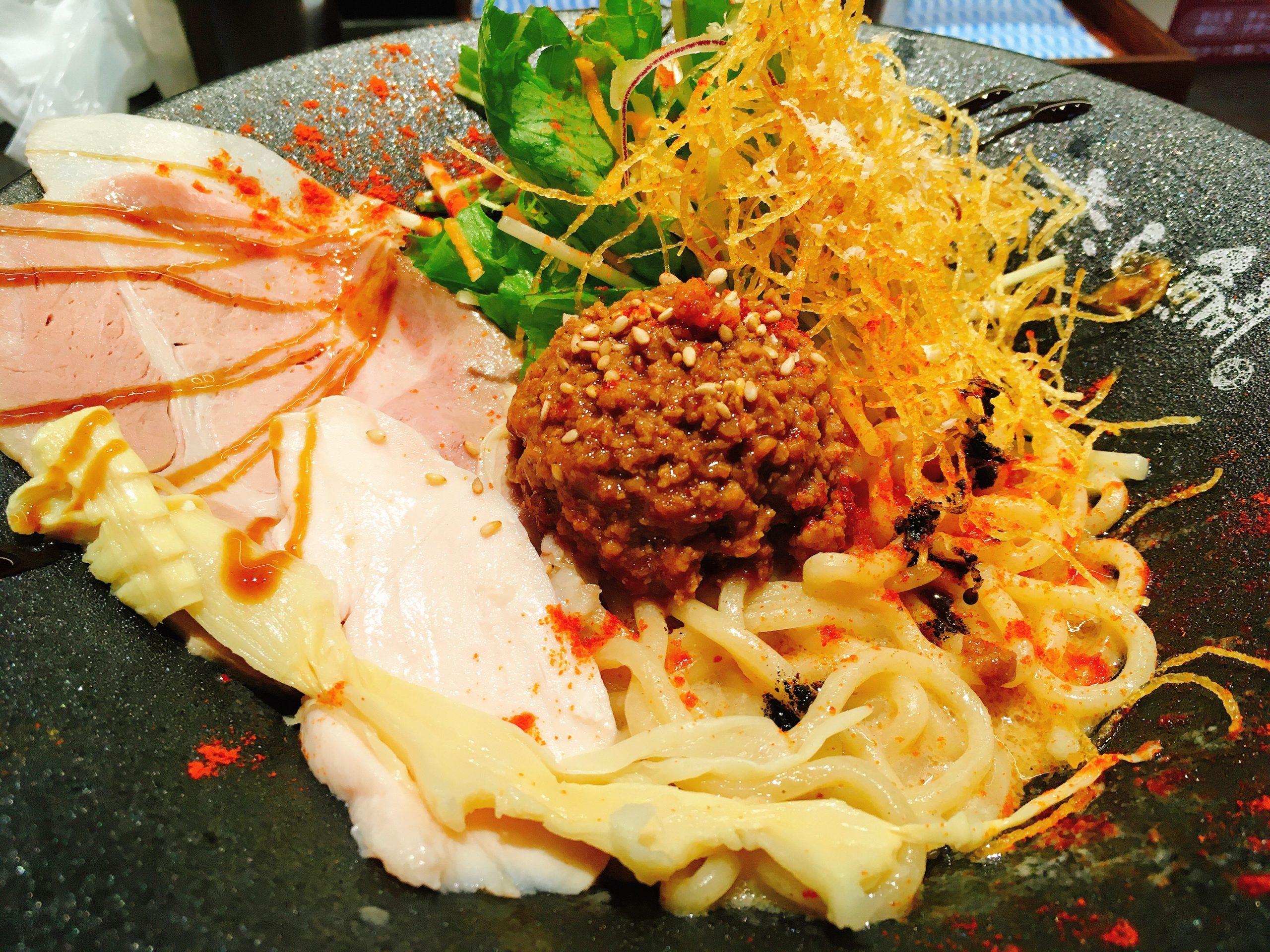 「鯛担麺専門店 恋し鯛」の「汁なし鯛担麺」の写真