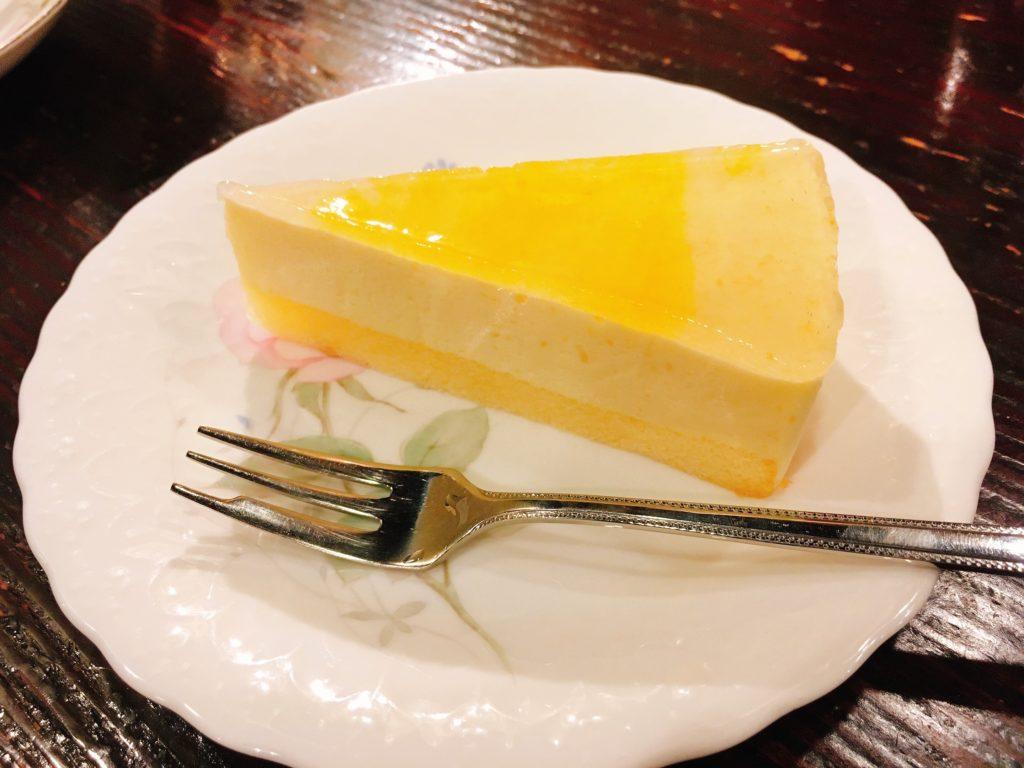 「皇琲亭」の「日向夏のレアチーズケーキ」
