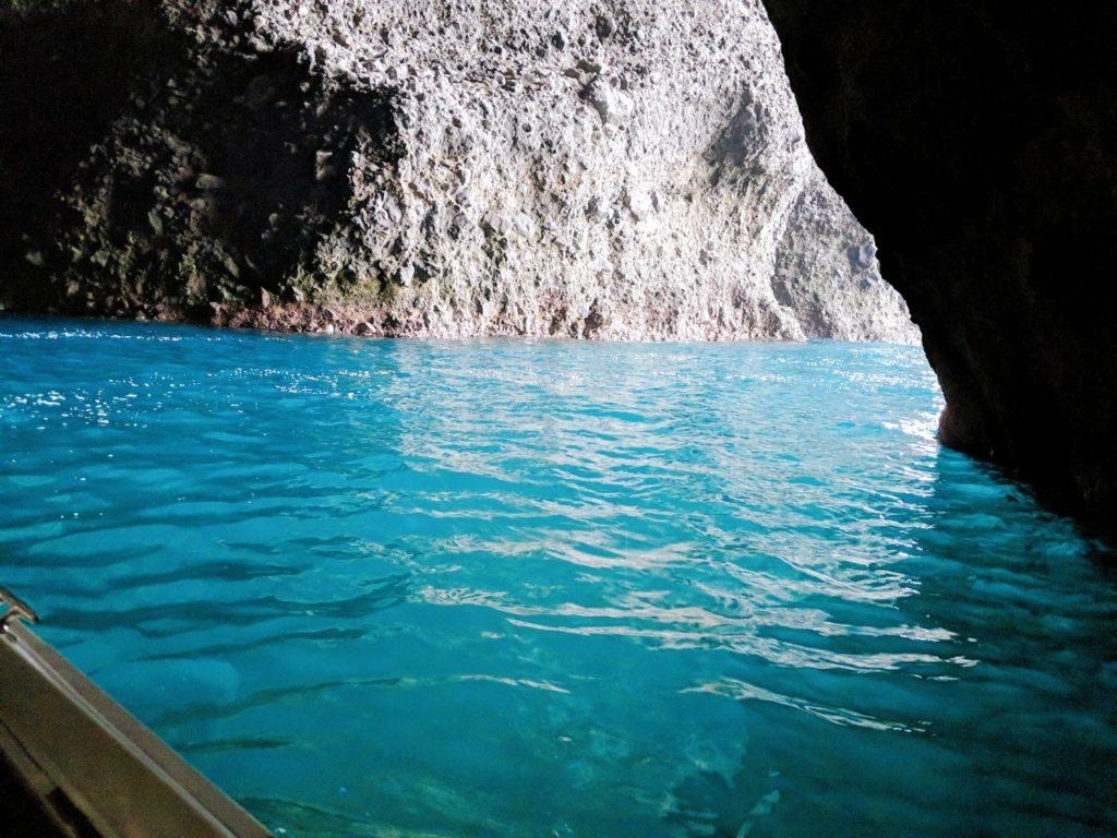 青の洞窟内部の写真