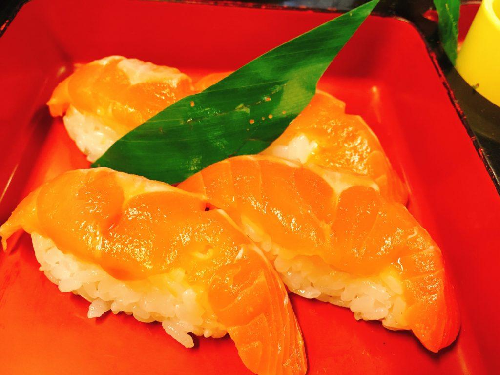 「食事処 寿」の姫ますのお寿司