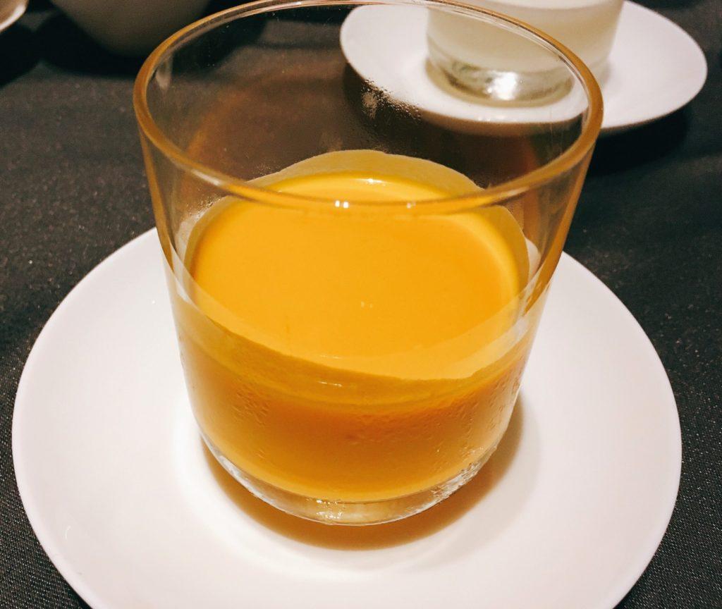 「王朝」の香芒奶露(マンゴーミルク)
