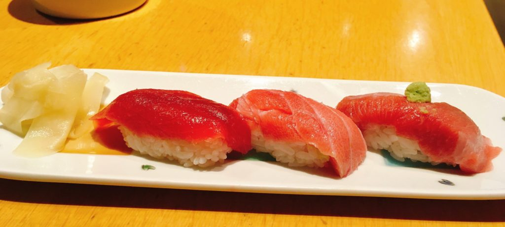 「おたる政寿司 ぜん庵」の「マグロ三貫づくし」の写真