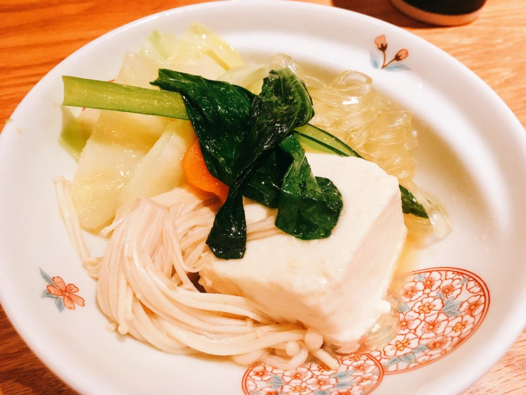 「博多水炊き専門 橙」の「水炊き」の野菜の写真