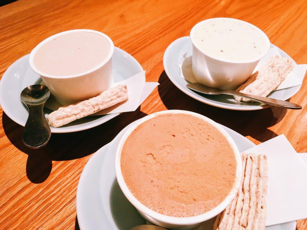 「博多水炊き専門 橙」の「パティスリーアセットのアイスクリーム」の写真