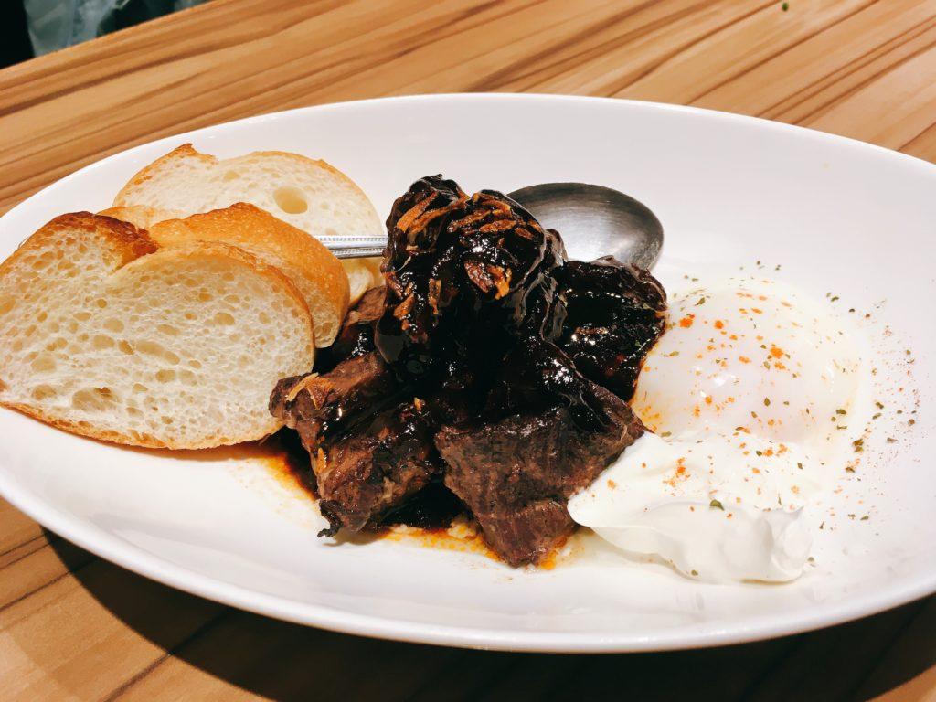 「博多たんか」の牛タンの赤ワイン煮の写真