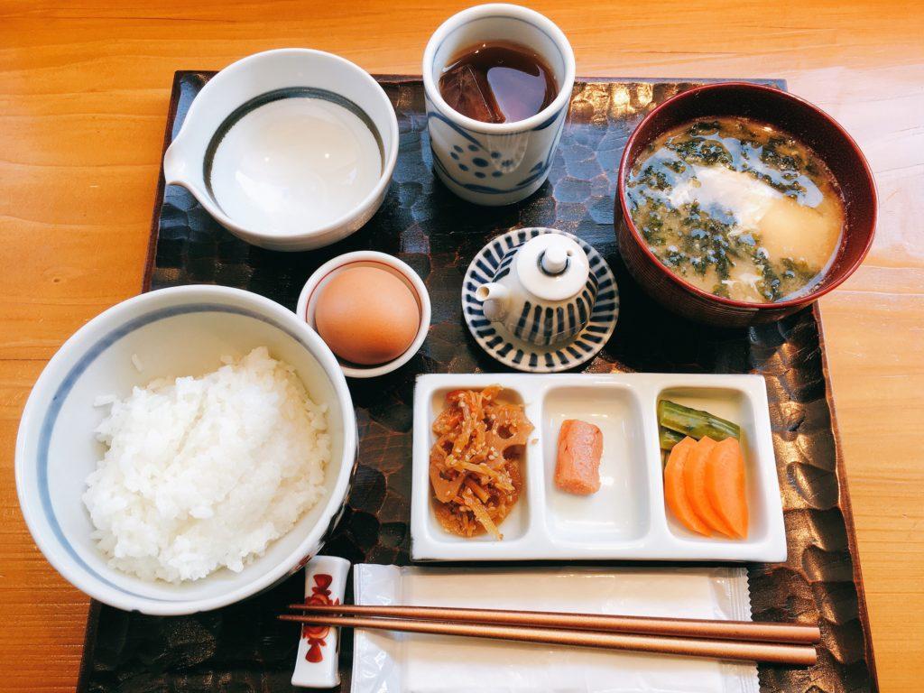 糸島ファームハウスUOVOの究極の卵かけご飯御膳