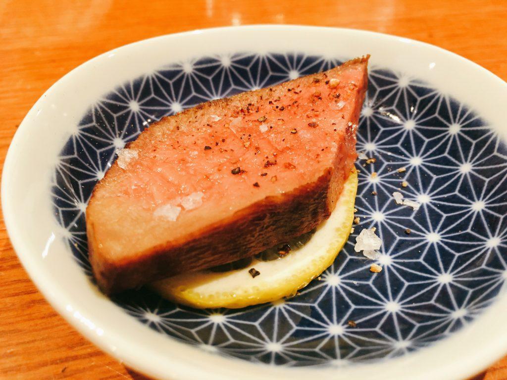 「肉者」の『特選』和牛黒タンの写真