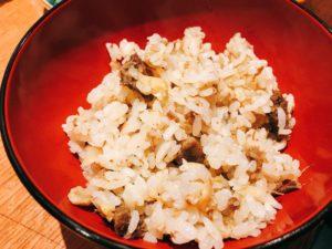 「肉者」の『黒タン』炊き込みご飯