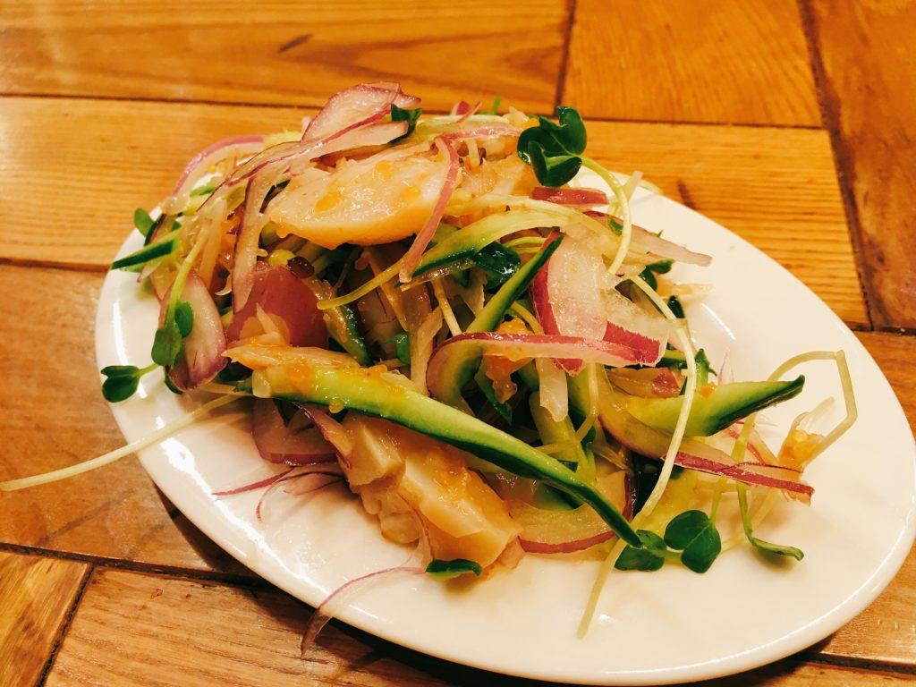 「ビストロ Meat Man」のホタテと香味野菜の梅水晶の写真