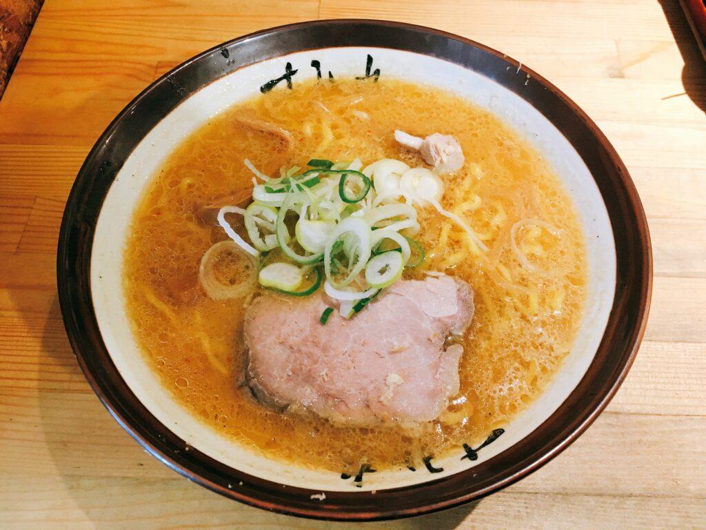 「すみれ 横浜店」の「味噌ラーメン」の写真