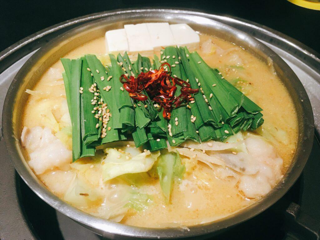 「蟻月 恵比寿店」の「白のもつ鍋」の写真