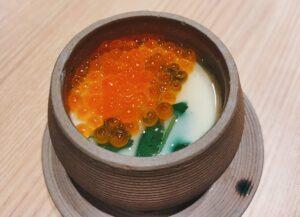 「鮨・酒・肴 杉玉 日吉」の「旨い。茶碗蒸し」の写真