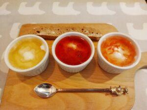 「はちくまカフェ 池袋店」の「蜂蜜食べ比べセット」の写真