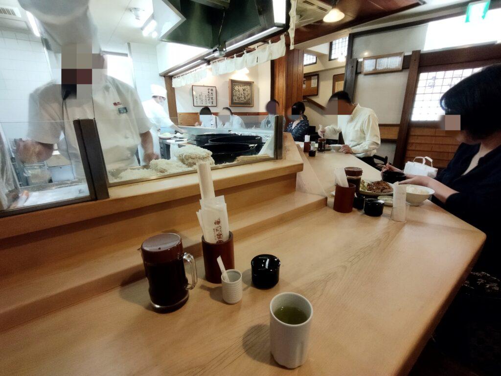 「勝烈庵 馬車道総本店」の店内写真