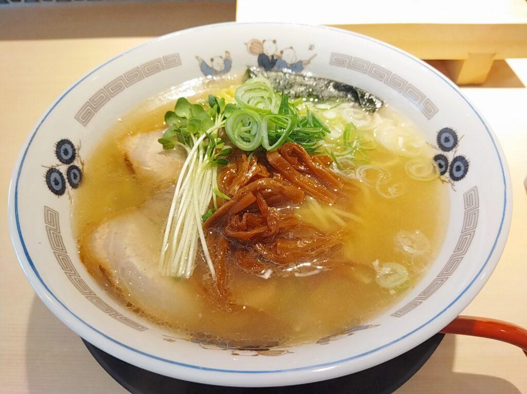 「鮨らぁー麺 釣りきん 本店」の「中華そば」の写真
