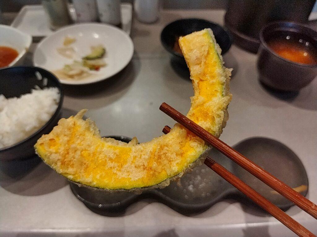「博多天ぷらたかお 横浜馬車道店」のかぼちゃの写真