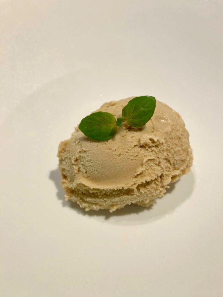 「焼肉 牛印 新宿店」の栗のアイスクリームの写真